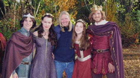 witch and wardrobe cast petition 183 sony get the narnia cast back together