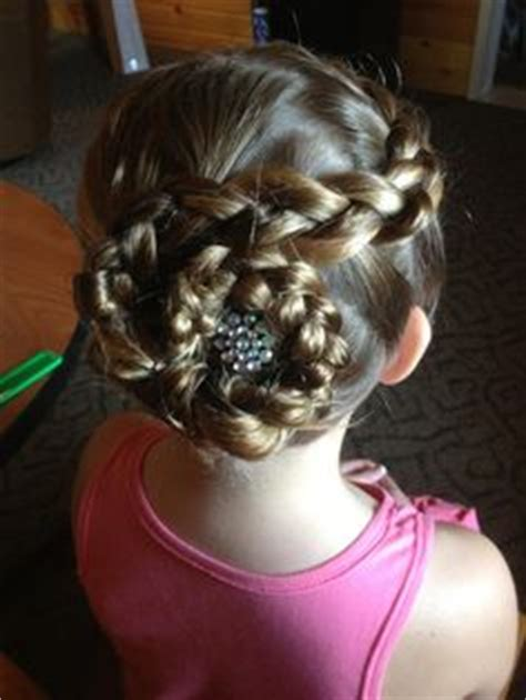 cute hairstyles for jr high 1000 images about junior bridesmaid hairstyles on