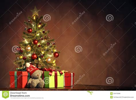 christmas tree with gifts royalty free stock image image