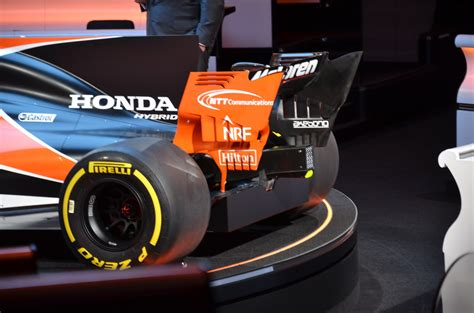 mclaren f1 2017 2017 mclaren honda f1 reveal 06 the news wheel