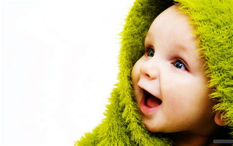 wallpaper hd of cute baby little cute baby wallpapers hd wallpapers id 9566