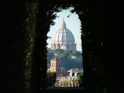 chi ha progettato la cupola di san pietro magie di roma la cupola della basilica di san pietro