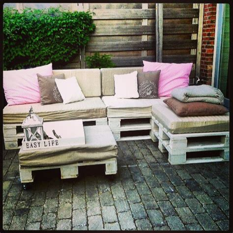 fai da te divano divano con i pallet costruire un divano con i bancali