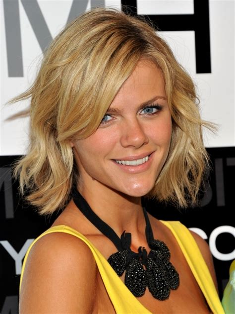 pics of non celebrities with layered bob haircut celebrity choppy layered medium hairstyles