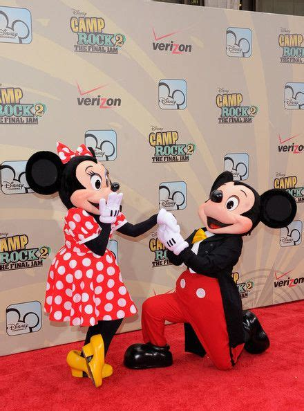 Jam Dinding Mickey Mouse 8329 2 mickey mouse photos photos quot c rock 2 the jam