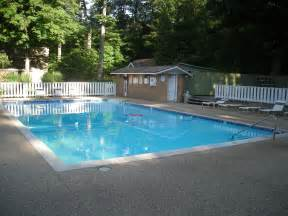 swimming pools file michillinda lodge 2011 10 swimming pool jpg