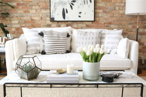 15 Narrow Coffee Table Ideas For Small Spaces Living End Table Ideas Living Room