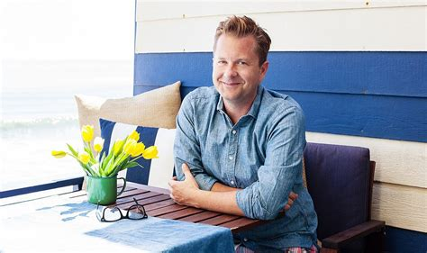 nathan turner the secrets to hosting a chic and easy summer one our style
