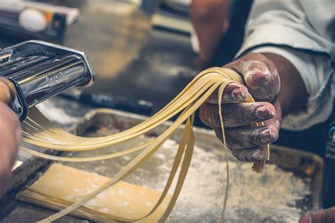 rincian biaya modal usaha makanan khas daerah