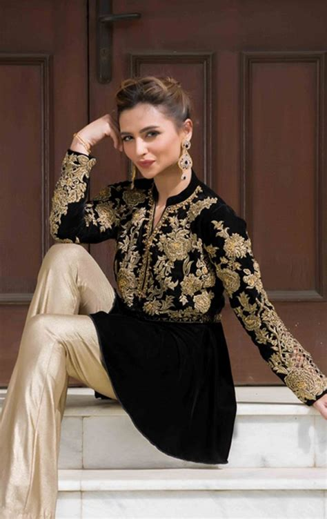 latest party wear dresses   girls  pakistani