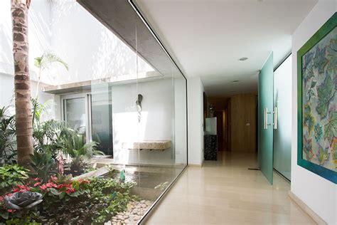 patio interior pequeño decoracion diseo patio interior simple diseo jardines pequeos para