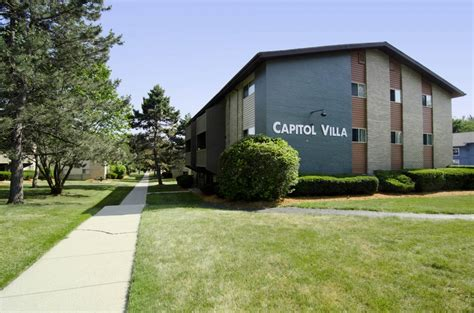 2 bedroom apartments east lansing apartment for rent in 1704 e grand river ave east lansing mi