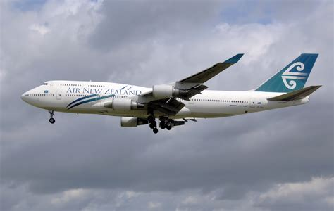 air new zealand air new zealand boeing to test sustainable bio fuels in