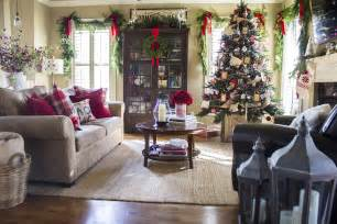 Christmas Home Decorations live garlands over the windows add extra festivity to the space