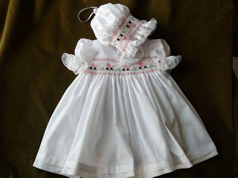 Handmade Smocked Dresses - smocked dresses and bonnet baby