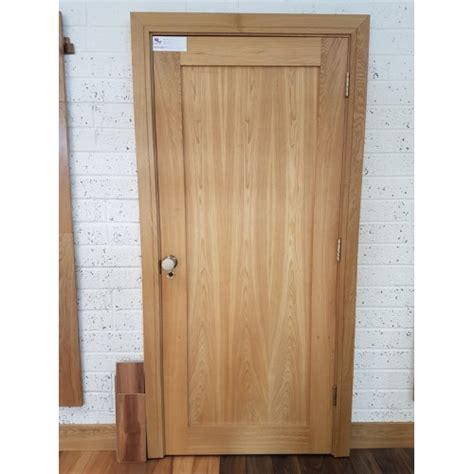 deanta nm5 oak shaker door
