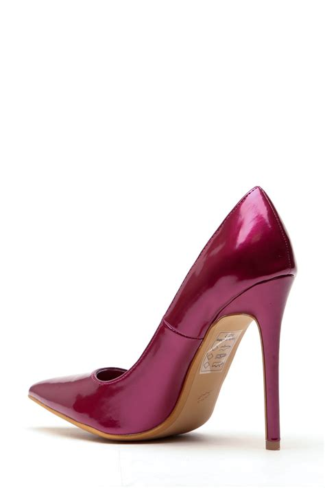 plum faux patent leather pointy toe classic pumps