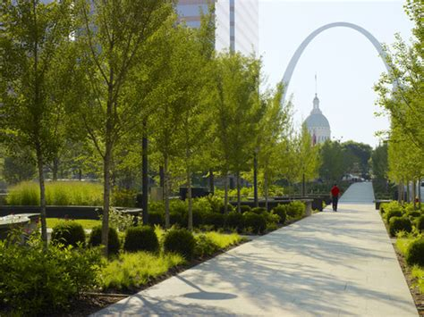 st louis gets its high line citygarden sculpture park