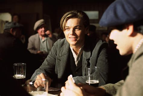 film titanic biographie pin still of leonardo dicaprio in titanic 1997 on pinterest