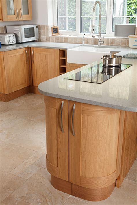 Handles For Oak Kitchen Cabinets by Choosing Modern Kitchen Handles For Oak Kitchens Solid