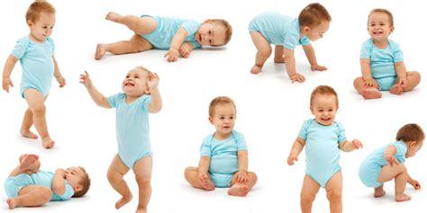 Bayi Tahap 1 Kenali 5 Tahap Penting Perkembangan Bayi Anda