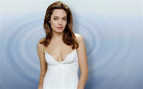 most gorgeous all time top 30 most beautiful women in the world