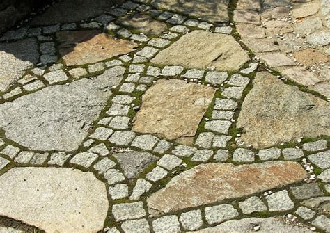 Polygonalplatten Terrasse Verlegen by Terrassenplatten Richtig Verlegen