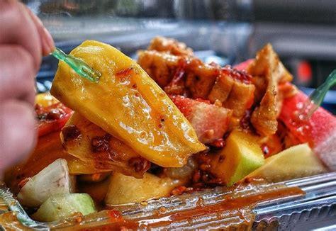modal kecil raup untung  jualan rujak buah