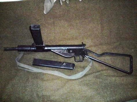 Le Mit ästen by Sten Mk2 De Rifleman02ventes