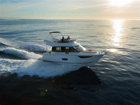 cutwater boats for sale vancouver bc sundance yachts marinas cutwater jeanneau prestige
