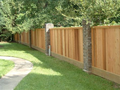 types of privacy fences for backyard vinyl fence