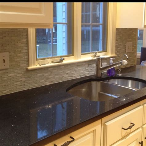 Black Glass Countertops by Best 25 Black Quartz Countertops Ideas On