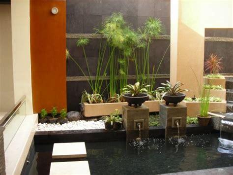 membuat taman minimalis di dalam rumah model desain taman kolam dalam rumah minimalis 1000