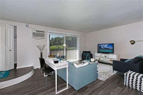westmont apartments reviews westmont apartments westmont illinois localdatabase