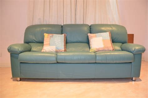 teal leather couch need help what to do with teal green leather sofa