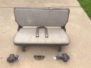 Suzuki Samurai Rear Seat Samurai Rear Seat And Seat Belts Zukikrawlers