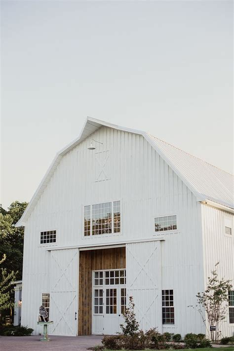 cool barn designs 13 awesome barndominium designs to inspire you