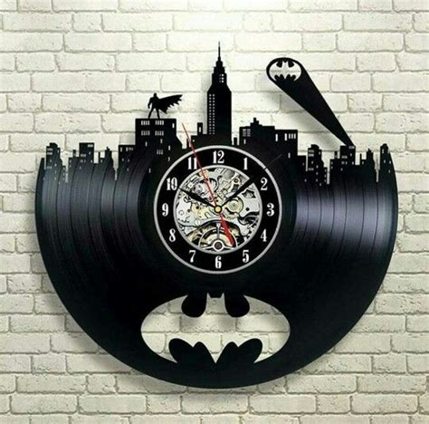 The Batman Clock Gives You Cool Credentials by 14 Mejores Im 225 Genes De Corte Laser En Corte