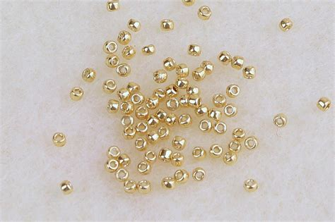 choosing needle size  thread   seed beads