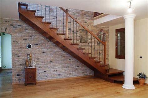 corrimano scale in legno scale a giorno in legno scale