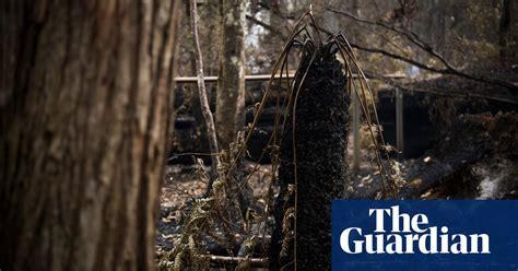 destructive tasmanian bushfires   pictures