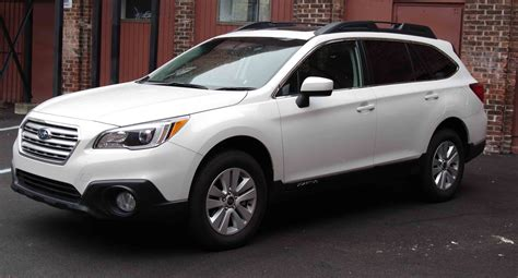 subaru outback interior 2015 2015 subaru outback calm cool connected reviewed com