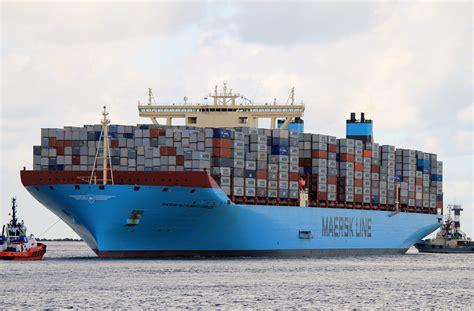 boat transport alabama sfondi maersk mc kinney moller largest container ship