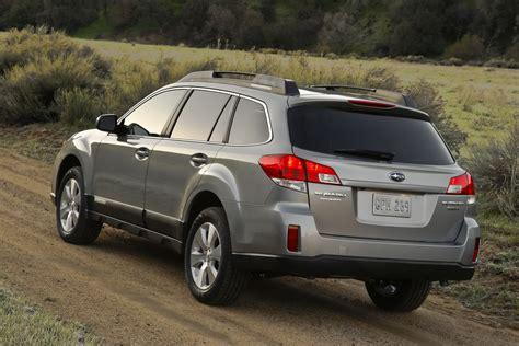 outback subaru 2011 minor updates for 2011 subaru legacy sedan and outback