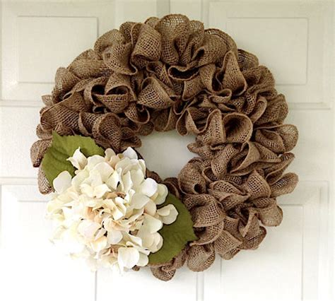 Homemade Home Decor Ideas simple burlap wreath tutorial video
