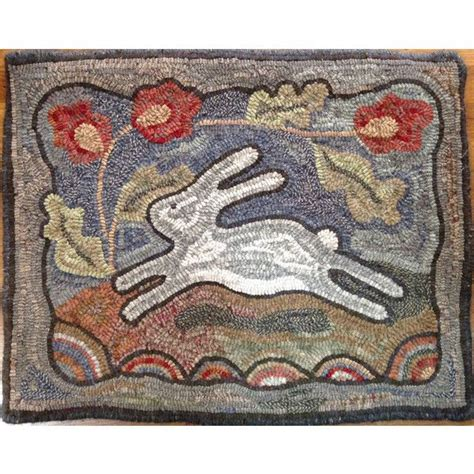 folk rug hooking 112 best hooked rugs hares images on rug hooking bunnies and rabbit