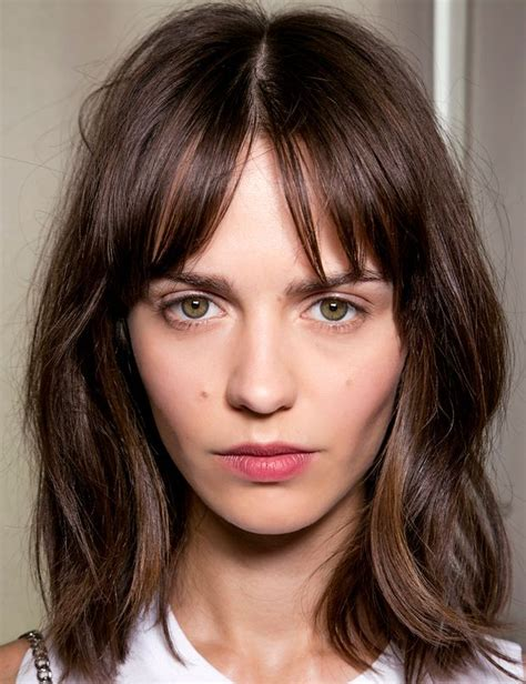 long bob with layers middle part 15 stylish bob designs for the season pretty designs