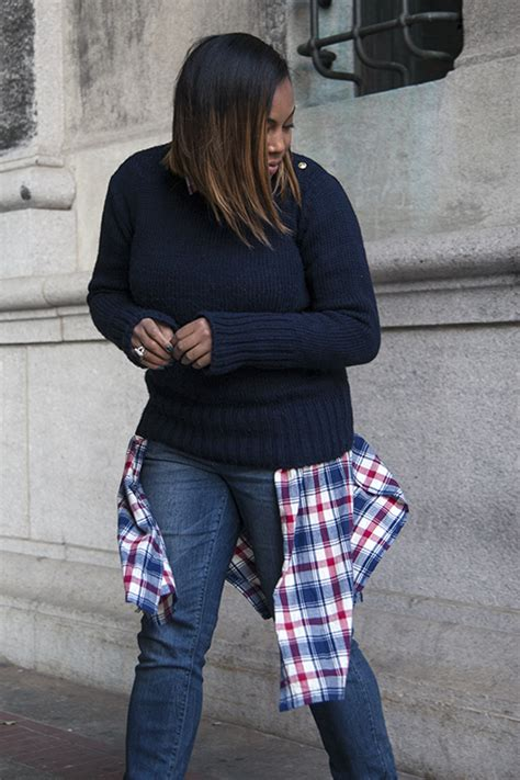falls biggest trends how to wear plaid different way to style plaid shirtdress k 233 la s kloset