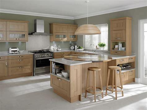 blonde cabinets kitchen best 25 light oak cabinets ideas on pinterest kitchens with oak cabinets wood cabinets and