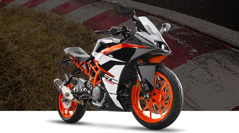 New Ktm 2017 Ktm Rc Series Launched In India New Rc390 And Rc200